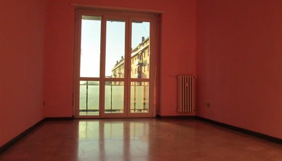 Bright three-room apartment